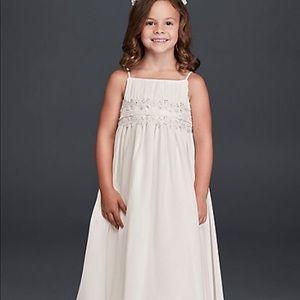 White Flowwr Girl Dress